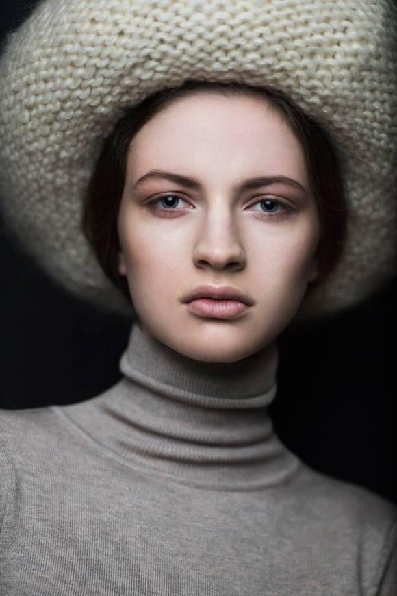 kristel Kuslapuu, headpiece